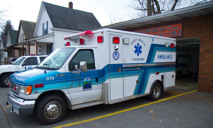 A Port Jervis Volunteer Ambulance Corp. ambulance in Port Jervis, New York, on Nov. 18, 2015. (Holly Kellum/Epoch Times)