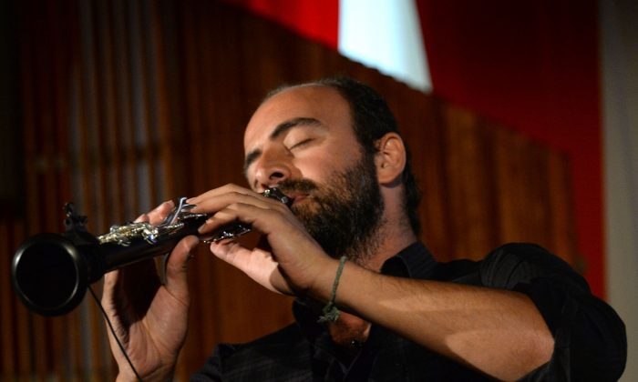 Musician Kinan Azmeh performs at the United Nations Celebrates World Humanitarian Day at the United Nations in New York City on Aug. 19, 2014. (Ben Gabbe/Getty Images for U.N.)