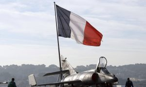 French Carrier Charles de Gaulle Launches First Missions Against ISIS in Iraq and Syria