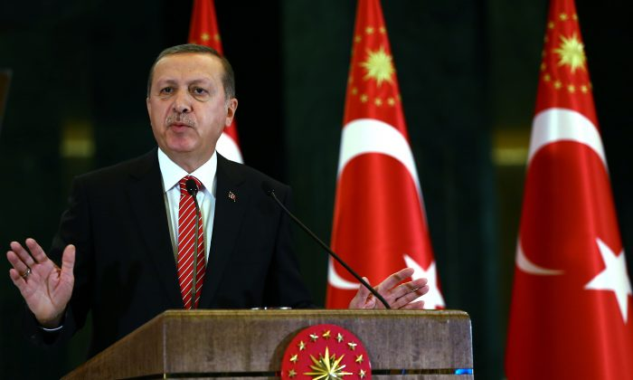 Turkish President Recep Tayyip Erdogan speaks during a meeting at the presidential palace in Ankara, Turkey, on Nov. 24, 2015. (AP Photo/Kayhan Ozer, Presidential Press Service)