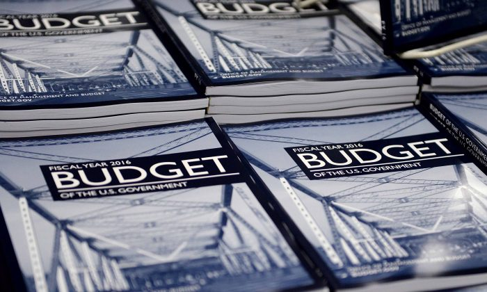 WASHINGTON, DC - FEBRUARY 2: Copies of U.S. President Barack Obama's Fiscal Year 2016 Budget sit on display for sale at the Government Printing Office (GPO) bookstore February 2, 2015 in Washington, DC.   (Oliver Douliery/Getty Images)