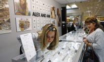 Mall Stores Must Open on Thanksgiving but Expect to Be Busy
