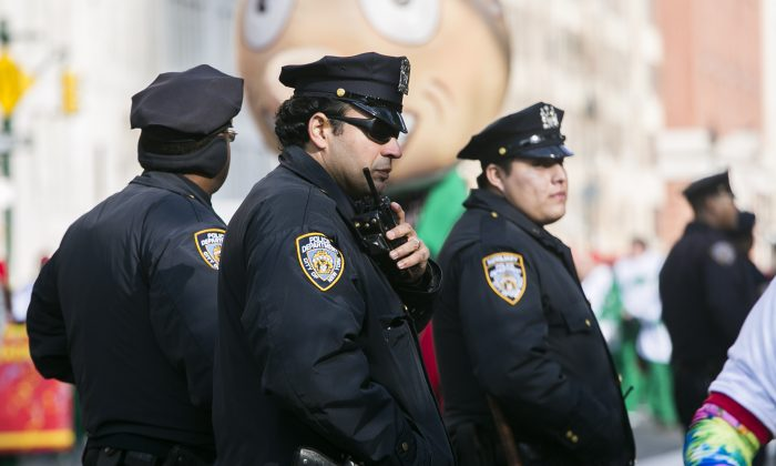 NYPD officers at the 89th Macy'€™s Thanksgiving Day Parade in Manhattan on Nov. 26, 2015. (Samira Bouaou/Epoch Times)