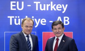 EU, Turkey Seek Better Relations at Emergency Refugee Summit