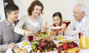 Retail Workers Should Spend Thanksgiving With Family, Not Customers