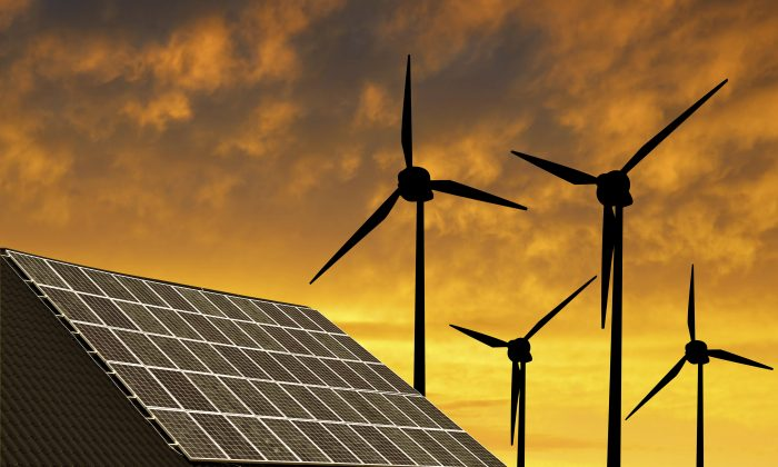 """""""Our findings suggest that renewable energy has entered the mainstream and is ready to play a leading role in mitigating global climate change,"""" says Felix Mormann. (vencavolrab/iStock)"""
