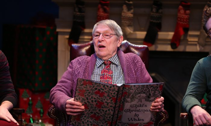 "John Cullum in ""A Child's Christmas in Wales."" (Carol Rosegg)"