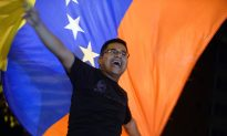 Venezuelan Opposition Wins Legislative Voting in Landslide