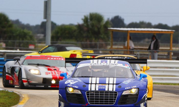 A 2008 Audi R8 chased by a 1974 Porsche 911 RSR chased by a 2006 Ford GT—this kind of variety adds richness to every HSR event. (Chris Jasurek/Epoch Times)