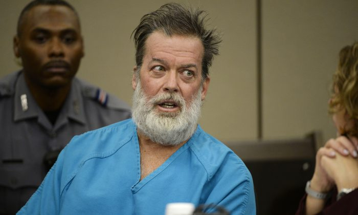 Robert Lewis Dear talks during a court appearance on Wednesday, Dec. 9, 2015, in Colorado Springs, Colo. (Andy Cross/The Denver Post via AP)
