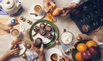 10 Tips to Thrive Through the Holidays