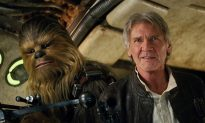 'Force Awakens' Crosses $250M Globally After Record Friday