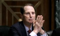 Sen. Wyden Condemns Inauguration Day Riots in Home State, Oregon