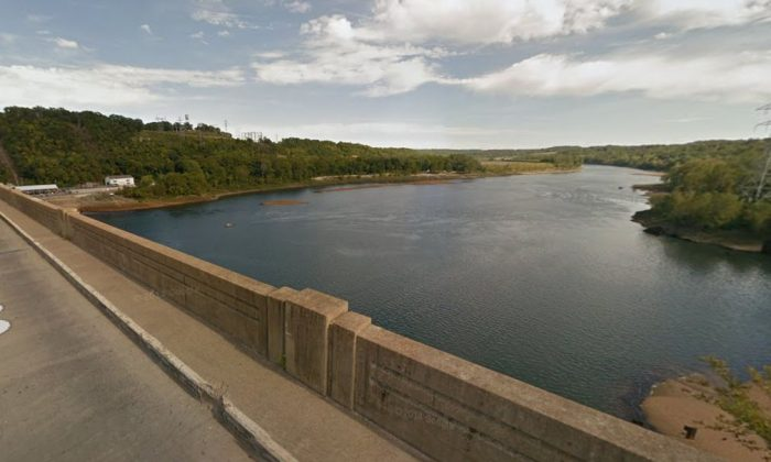 Bagnell Dam (Google Maps)