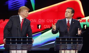 Ted Cruz Slams Donald Trump Over 'Birther' Issue, but It's His Final Comment That's the Real Story