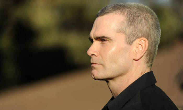 """Singer Henry Rollins, a cast member in the television series """"Sons of Anarchy,"""" arrives at the FOX All Star Party in Pasadena, Calif., Thursday, Aug. 6, 2009. (AP Photo/Chris Pizzello)"""