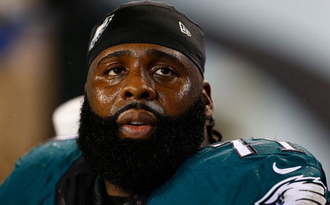 PHILADELPHIA, PA - DECEMBER 26: Jason Peters #71 of the Philadelphia Eagles looks on during the closing moments of a game against the Washington Redskins at Lincoln Financial Field on December 26, 2015 in Philadelphia, Pennsylvania. The Redskins defeated the Eagles 38-24. (Photo by Rich Schultz /Getty Images)