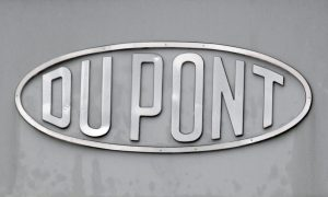 DuPont to Cut 1,700 Jobs Ahead of Dow Merger