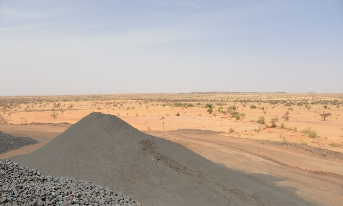 Manganese at the Tambao mine, 350 kilometers (220 miles) northeast of the capital Ouagadougou, Burkina Faso, on April 5, 2015. (Ahmed Ouoba/AFP/Getty Images)