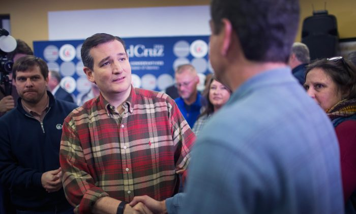Republican presidential candidate Sen. Ted Cruz (R-TX) greets supporters during a campaign event at CrossRoads Shooting Sports gun shop and range on December 4, 2015 in Johnston, Iowa.  (Photo by Scott Olson/Getty Images)