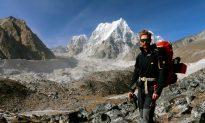 Retracing a High, Desperate Flight at Below Zero Near Mount Everest