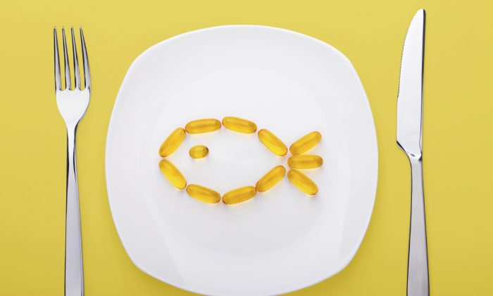 Supplimenting with fish oil alone is not good enough to get adequate levels of omega-3s in your diet. (Dutko/iStock)