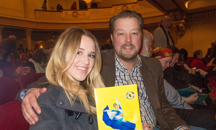 Oil SVP Sees Reverence for Beauty and Life in Shen Yun