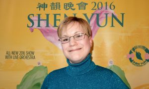 Shen Yun Stories Tell of Hope and Freedom