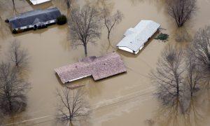 Missouri Flooding Forces Evacuations, Damages Hundreds of Homes