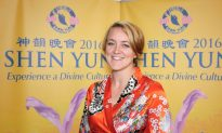 Dance Teacher Overjoyed by Shen Yun Performers