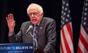Bernie Sanders Comments on Bill Clinton White House Scandal