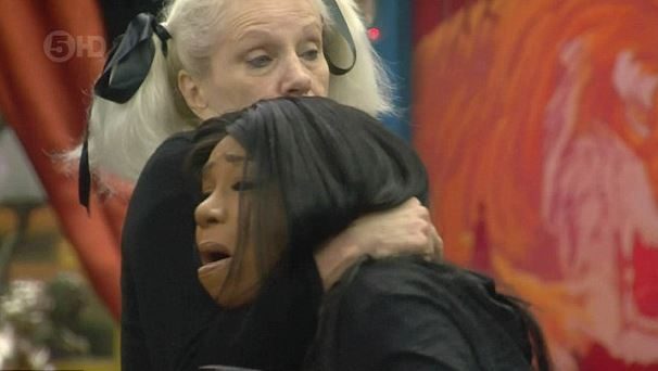 Angela Bowie comforts Tiffany Pollard, who misunderstood the news about David Bowie's death. (Channel 5)