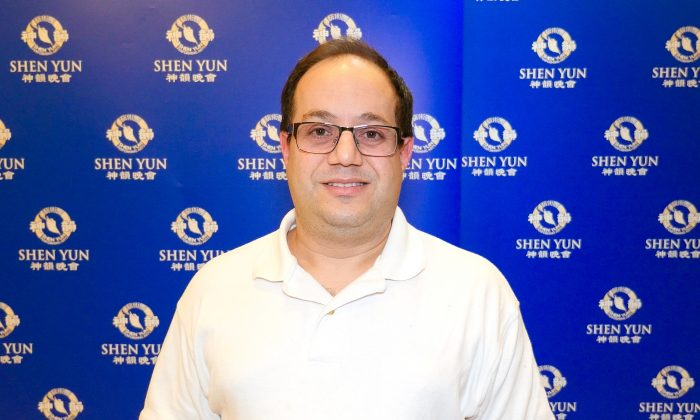 Shen Yun Music 'Precision, Beauty, Mystery, Magic', Says Violinist