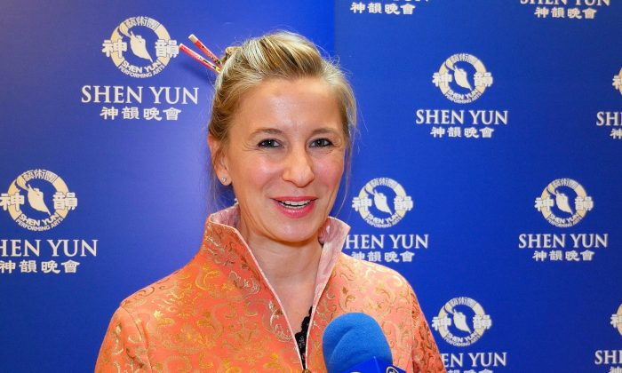 Shen Yun Shows Hope for Arts, Humanity