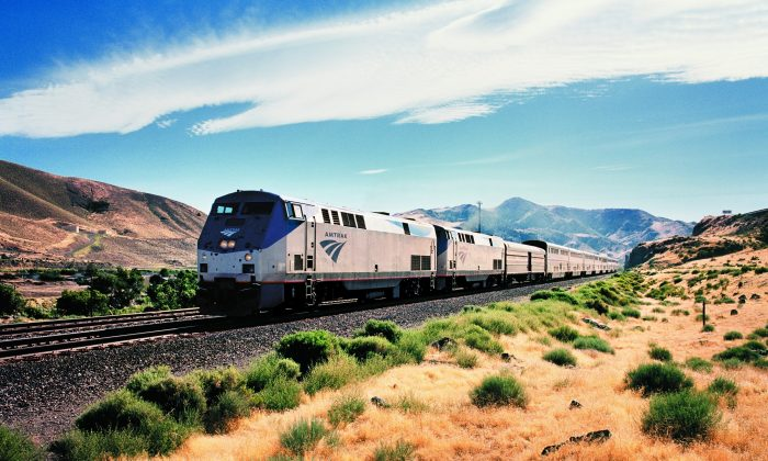 An Amtrak long-distance train near Washington, D.C., on Sept. 24, 2014. (PRNewsFoto/Amtrak via AP)