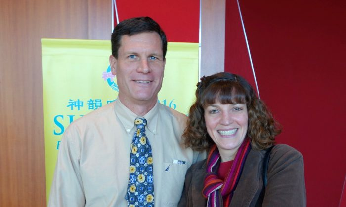 Arts-Loving Couple Find Amazing Artistry in Shen Yun