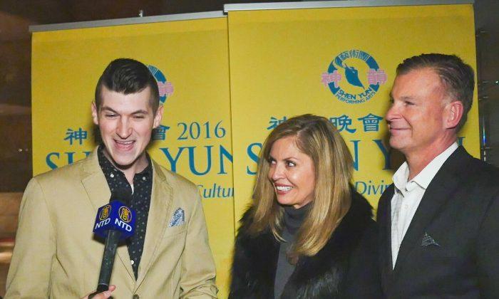 Atlanta Audiences Find Shen Yun All Encompassing, Luminous