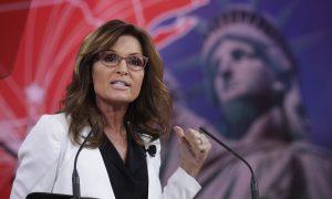 Trump Receives Key Endorsement From Sarah Palin