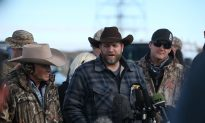 Oregon Militiamen and Leader Ammon Bundy in Custody Without Bail