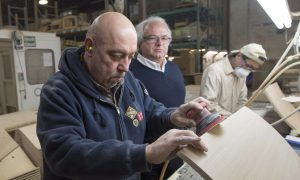 Montreal Factory Gives Syrian Refugees Jobs, French Classes