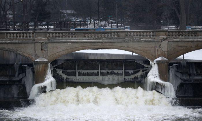 The Flint River near downtown Flint, Mich., on Jan. 21, 2016. (AP Photo/Paul Sancya)