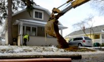 Poisoning Lead Pipes Lurk in Older Neighborhoods Across the Nation