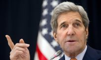 Kerry Tries to Ease Concerns About Warming US-Iran Relations