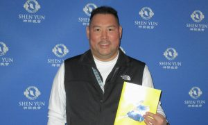 Shen Yun Makes Theatergoer Proud of His Heritage