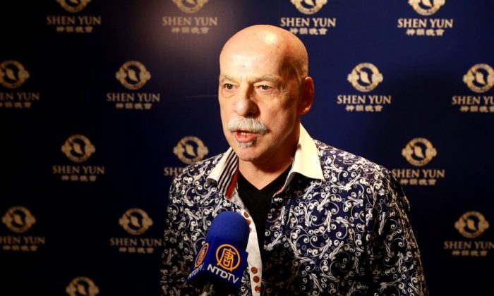 Victor Paquette at the Shen Yun Performing Arts performance at the Queen Elizabeth Theatre on Jan. 23, 2016. (NTD Television)