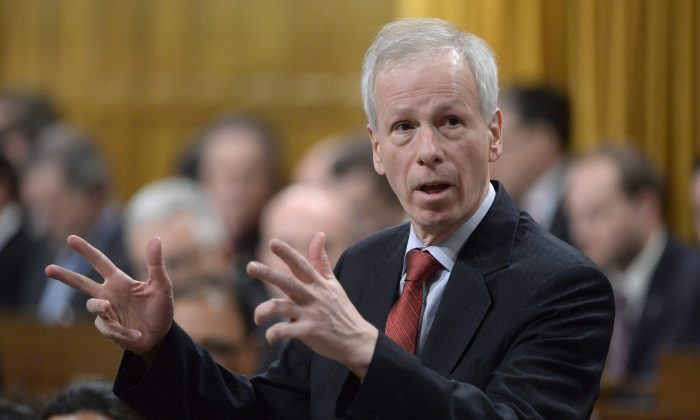 Foreign Affairs Minister Stephane Dion speaks during Question Period in the House of Commons on Jan. 26, 2016. (The Canadian Press/Adrian Wyld)