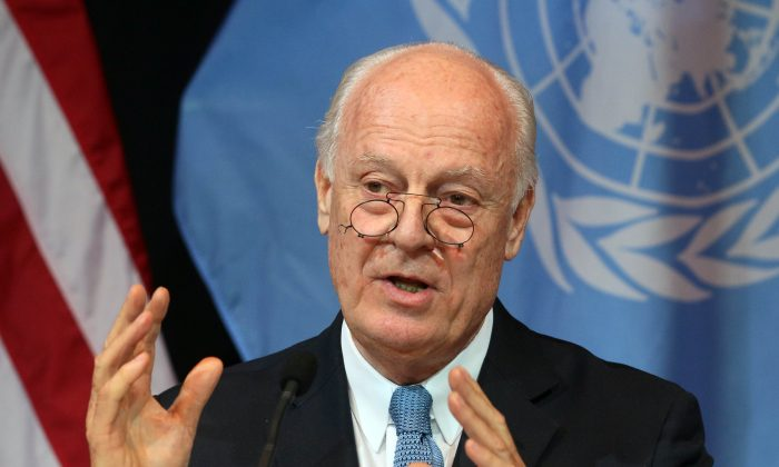 U.N. Special Envoy for Syria Staffan de Mistura at a news conference in Vienna, Austria, on Nov. 14, 2015. One of the major opposition groups in the Syrian war said Wednesday, Jan. 27, 2016 it will only attend the imminent Geneva peace talks if the sieges in the country are lifted and other conditions are met, casting further uncertainty on the talks scheduled to begin in two days. (AP Photo/Ronald Zak)
