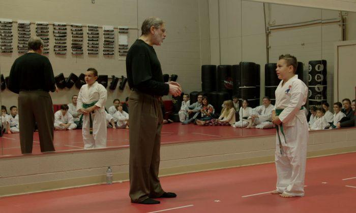 Psychologist Israel Kalman role-plays with a student at Canada's Best Karate school in Victoria, B.C. (John Tran/Mark Media)