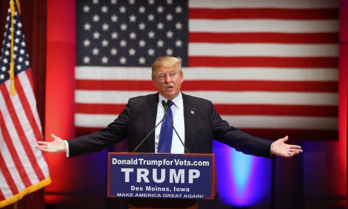 Republican presidential candidate Donald Trump speaks at a event at Drake University in Des Moines, Iowa, on Jan. 28, 2016. (AP Photo/Andrew Harnik)