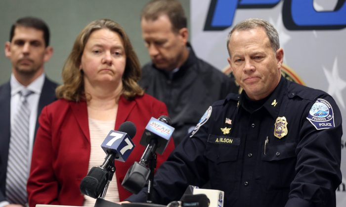 Montgomery County Commonwealth's Attorney Mary Pettitt (L) and Blacksburg Police Chief Anthony Wilson listen to questions during a news conference in Blacksburg Va., on Jan. 30, 2016. (Matt Gentry/The Roanoke Times via AP)